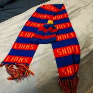 Lion's AFL scalf and Beany matching